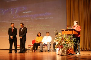 Awarding of Outstanding Psychologist 2009